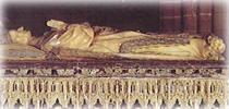 Гробница Карла III в кафедральном соборе Памплоны.